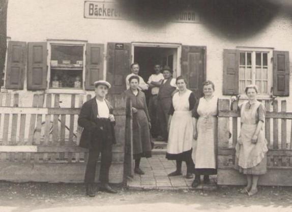 ältestes Foto der Bäckerei Brücklmaier